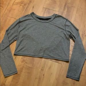 Gray LULULEMON Long Sleeve Crop Top size 6